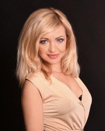 femme slave blonde pour mariage